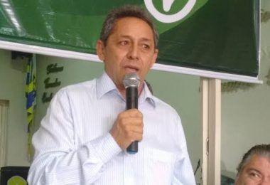 URGENTE!! Justiça manda bloquear R$ 210 mil em bens do ex-prefeito Juran Carvalho e da nora Bruna Heloísa, em Presidente Dutra