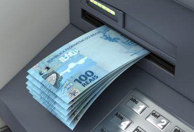 28/04: Prefeito Rigo Teles paga dentro do mês salário de Abril e antecipada 50% do 13º aos profissionais da educação