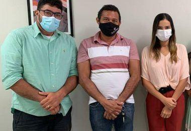 Prefeito Arnóbio consegue junto ao governo do Estado posto de identificação para Jenipapo dos Vieiras