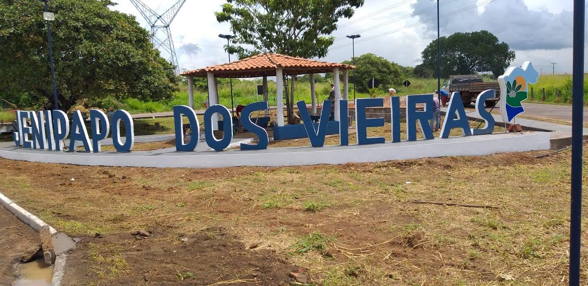 Prefeito Arnóbio reinaugura entrada da cidade de Jenipapo dos Vieiras