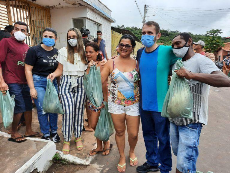 Prefeito Fernando Pessoa entrega 10 mil kg de peixes para famílias carentes em Tuntum