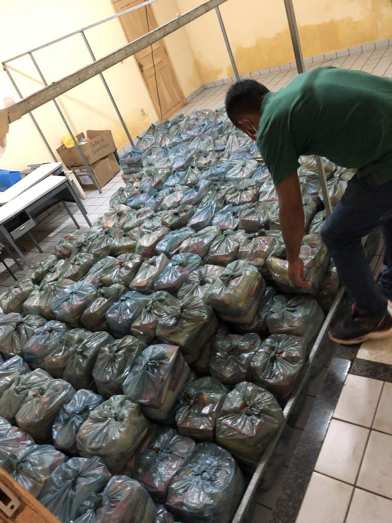 semana santa rigo teles entrega 60 toneladas de alimentos para familias carentes em barra do corda 5 768x1024 - SEMANA SANTA: Rigo Teles entrega 60 toneladas de alimentos para famílias carentes em Barra do Corda