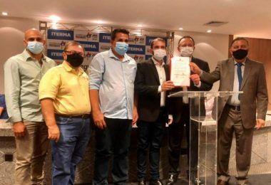 Fernando Pessoa assina termo de cooperação técnica com Governo do Estado para regularização fundiária em Tuntum