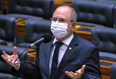 Hildo Rocha registra no plenário da Câmara Federal o aniversário de 186 anos de Barra do Corda
