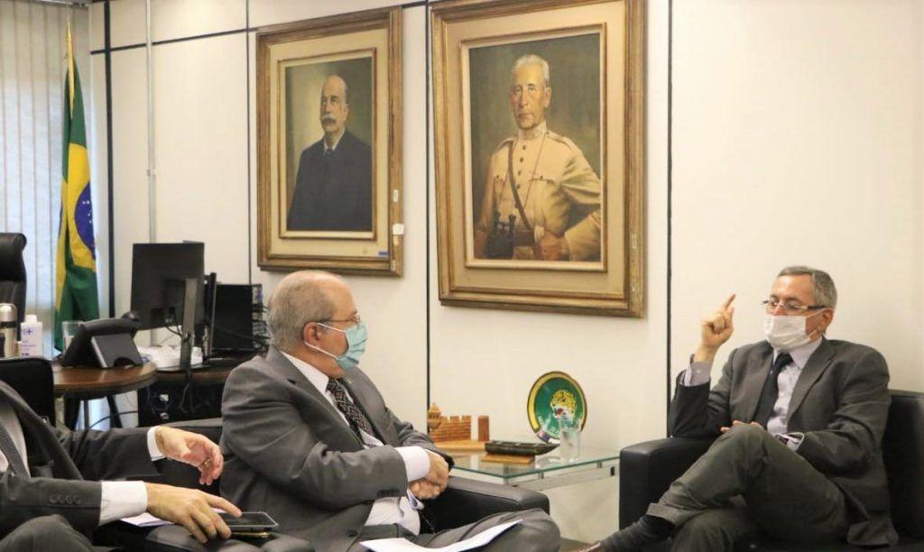 Hildo Rocha se reúne com Diretor do Programa Calha Norte em busca de benefícios para os maranhenses
