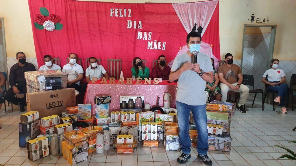 primeira dama abiagil cunha promove festa em comemoracao ao dia das maes na zona rural de barra do corda 5 1024x576 - Primeira-dama Abigail Cunha promove festa em comemoração ao dia das mães na zona rural de Barra do Corda