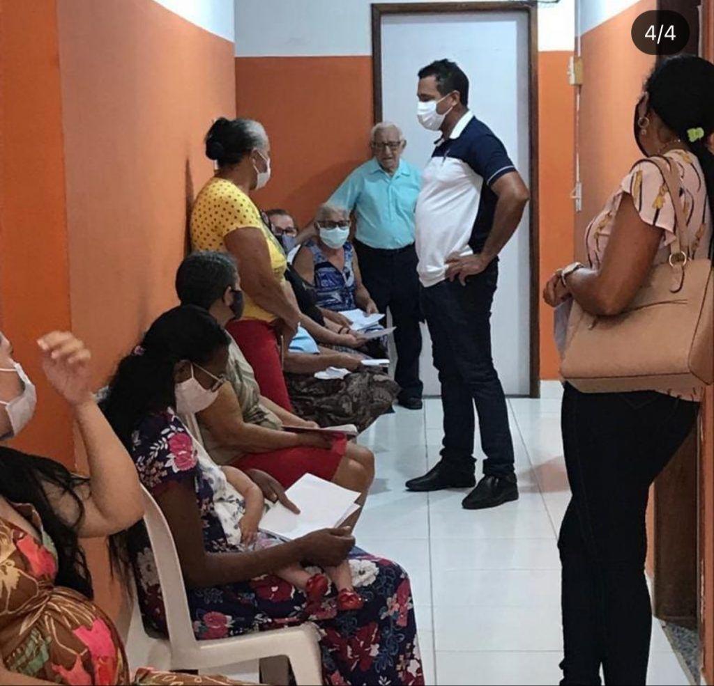 prefeito arnobio de jenipapo dos vieiras toma a primeira dose da vacina contra a covid 19 1 1024x985 - Prefeito Arnóbio de Jenipapo dos Vieiras toma a primeira dose da vacina contra a covid-19
