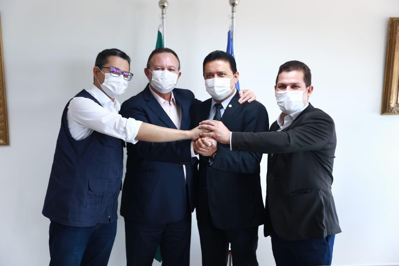 AGORA É OFICIAL: Prefeito Rigo Teles assina termo de cessão e hospital de 50 leitos será administrado pelo governo do Estado