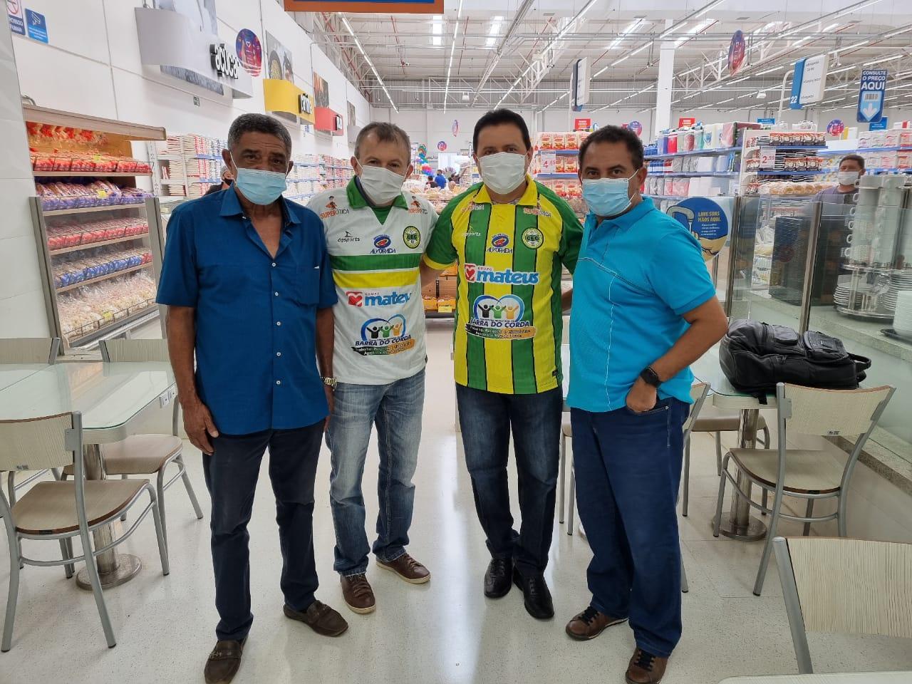 Prefeito Rigo Teles se reúne em Barra do Corda com Ilson Mateus, dono do grupo Mateus e recebe garantia de apoio ao Cordino Esporte Club