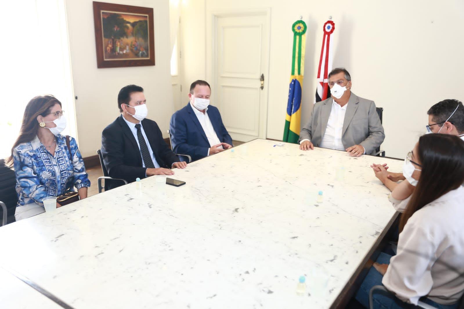Rigo Teles e Flávio Dino assinam ordem de serviço para reforma e adequação do hospital regional de Barra do Corda