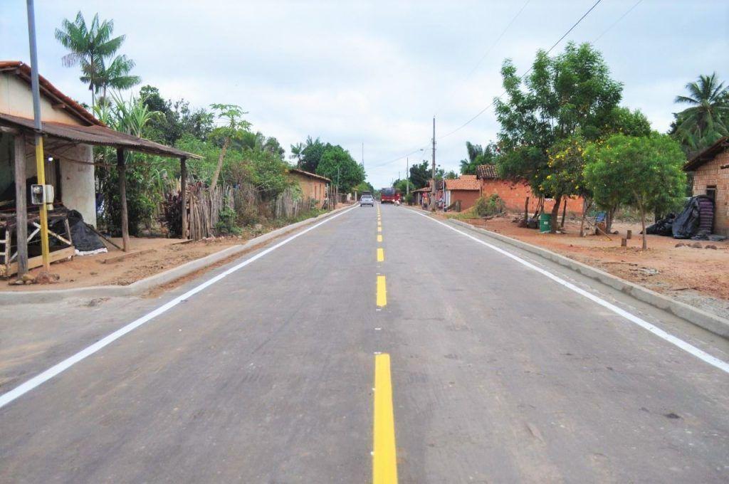 Hildo Rocha inaugura asfaltamento de Campo Formoso