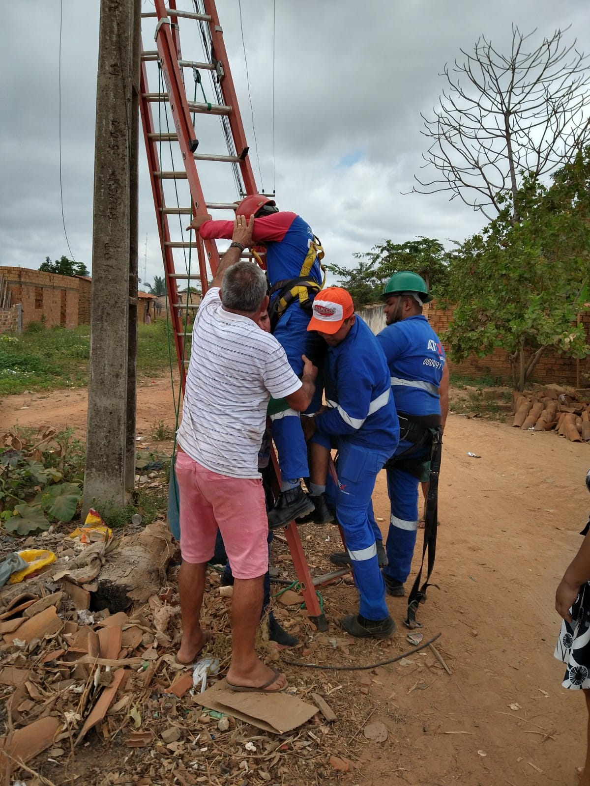 Jovem sofre descarga elétrica durante trabalho em Barra do Corda