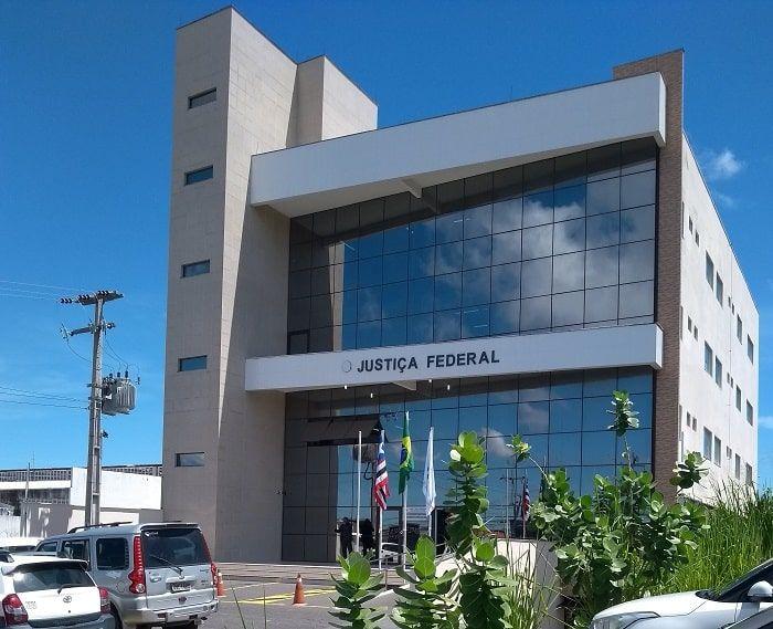 Justiça Federal condena ex-prefeito e ex-secretária de educação de Anapurus por desvio de R$ 900 mil da educação