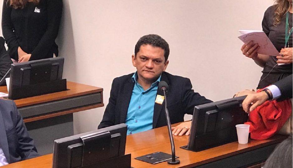 MP denuncia ex-prefeito e seus próprios filhos por associação criminosa e vários outros crimes no Maranhão