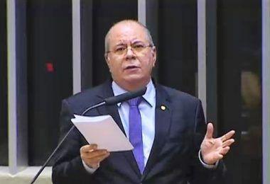 Hildo Rocha apresenta projeto de lei que preenche vácuo legal referente a pedidos de impeachment