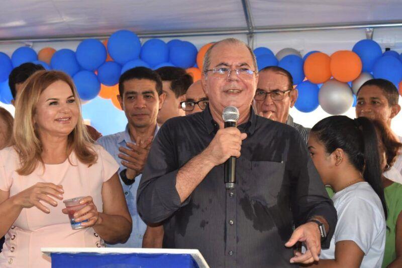 Hildo Rocha participa de maratona de inaugurações, em Lago da Pedra
