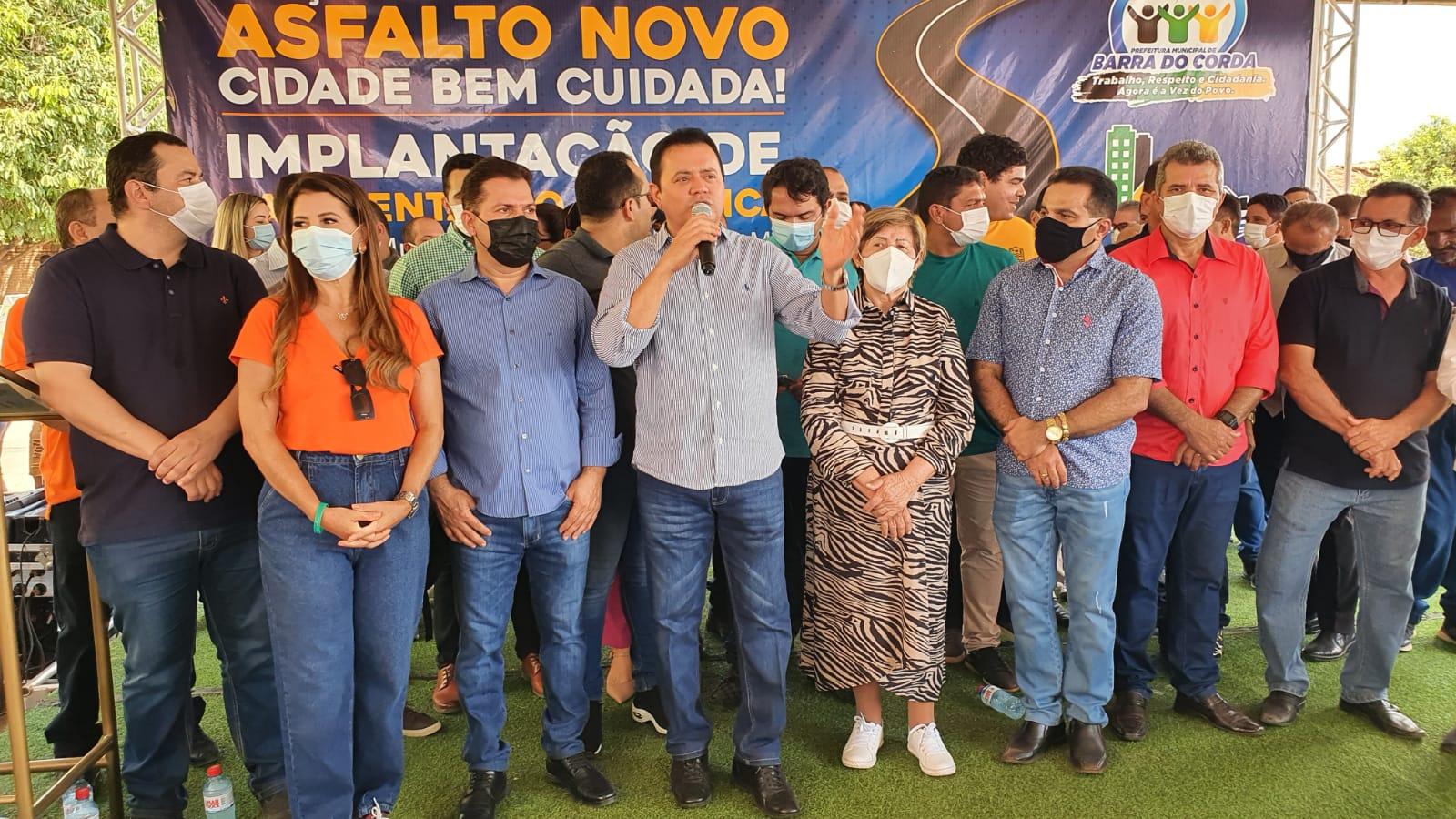 Prefeito Rigo Teles lança Programa Asfalto Novo em Barra do Corda e reúne lideranças locais e regionais em evento
