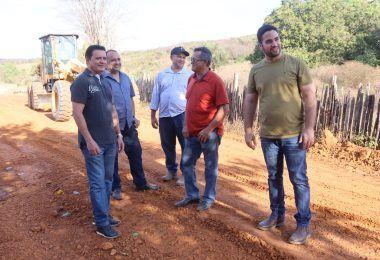 Prefeito Rigo Teles visita povoados e vistoria obras em Sumaúma da Mata e Lagoinha