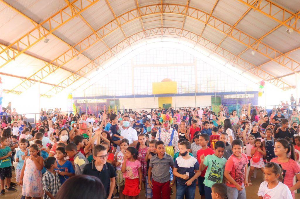 prefeito arnobio promove mega festa em comemoracao ao dia das criancas em jenipapo dos vieiras 1 1024x682 - Prefeito Arnóbio promove mega festa em comemoração ao dia das crianças em Jenipapo dos Vieiras