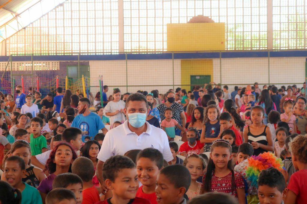 prefeito arnobio promove mega festa em comemoracao ao dia das criancas em jenipapo dos vieiras 2 1024x682 - Prefeito Arnóbio promove mega festa em comemoração ao dia das crianças em Jenipapo dos Vieiras