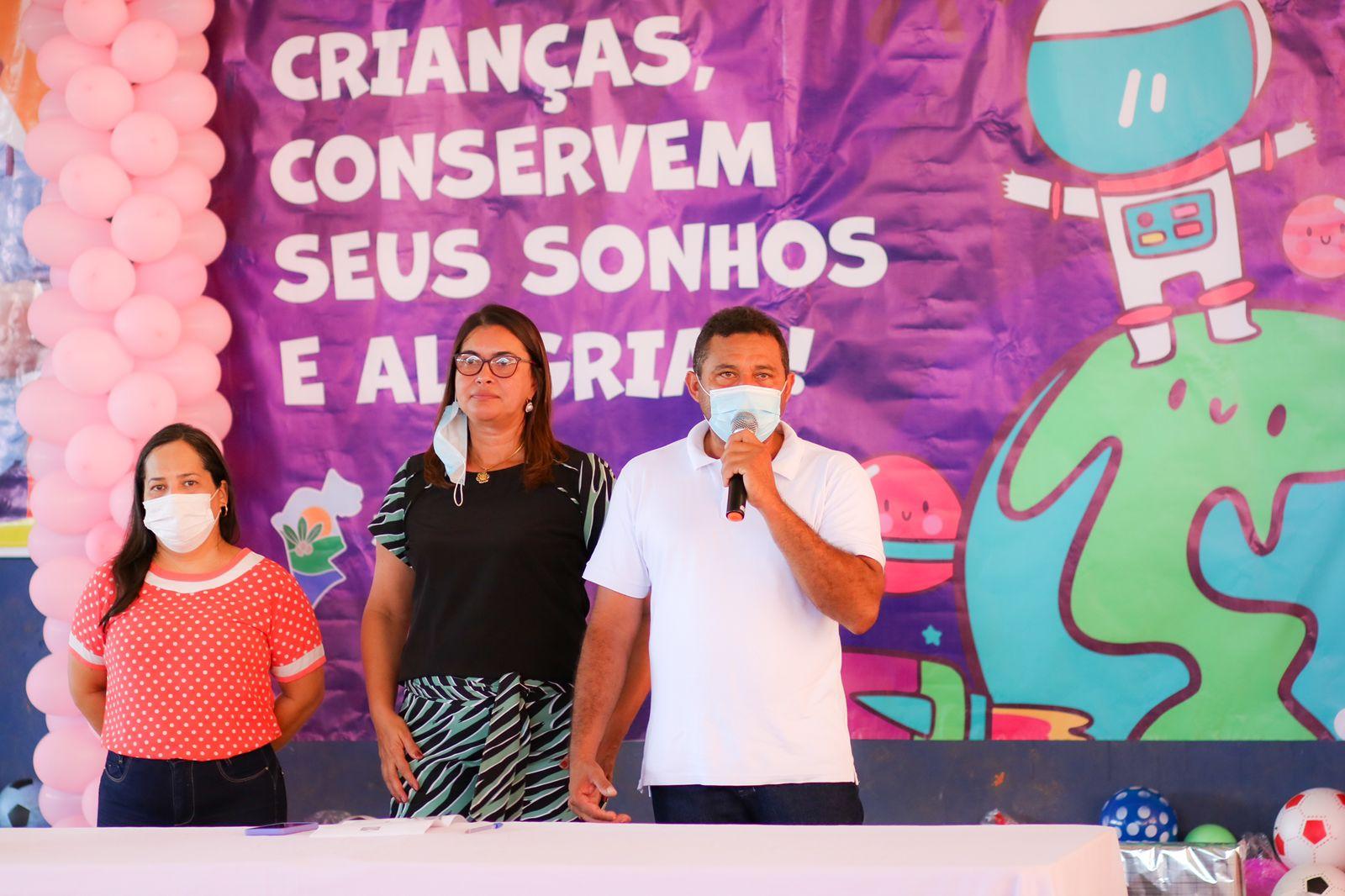 Prefeito Arnóbio promove mega festa em comemoração ao dia das crianças em Jenipapo dos Vieiras