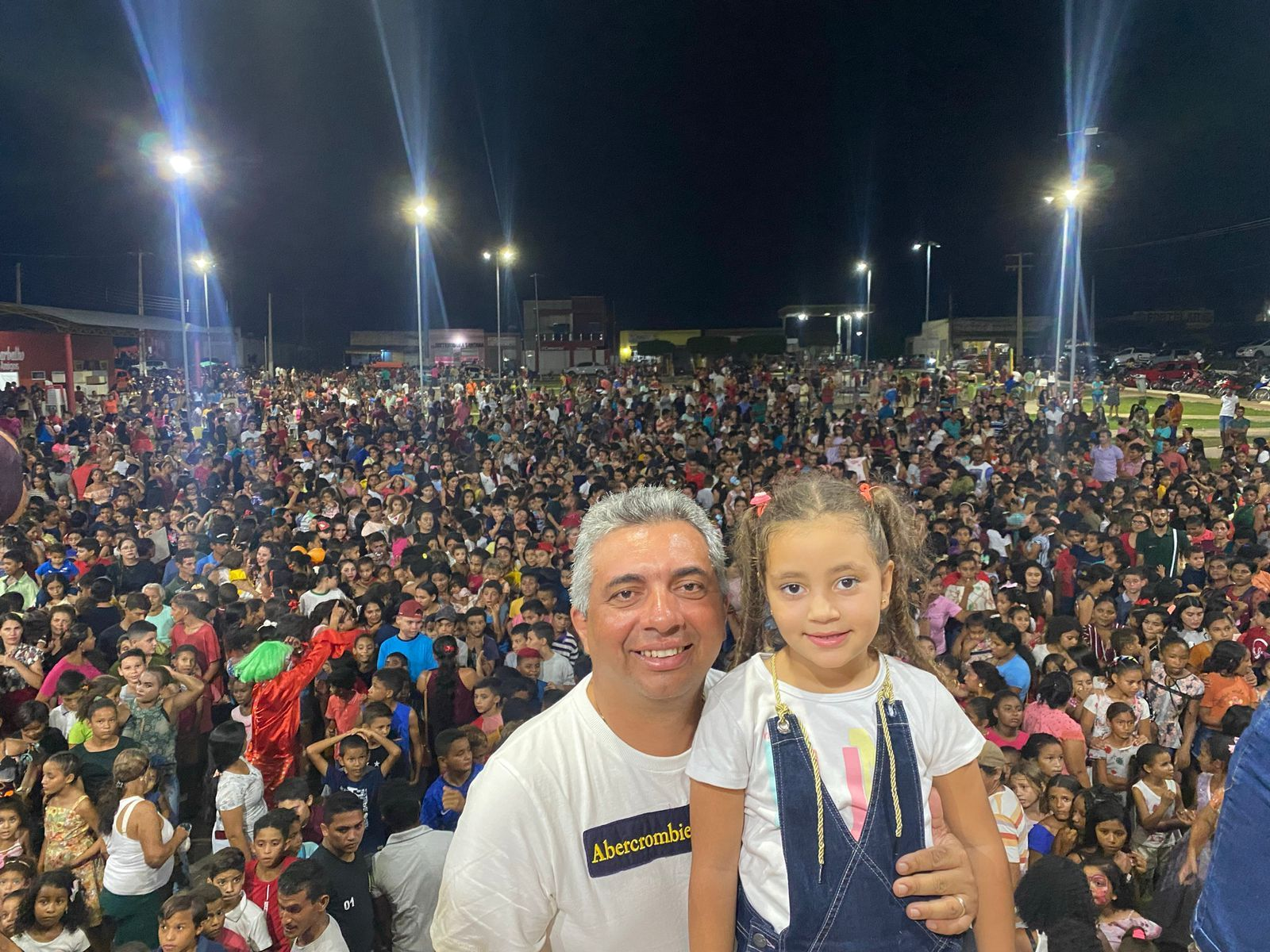 Prefeito Júnior do Posto realiza mega festa em comemoração ao Dia das Crianças em Itaipava do Grajaú